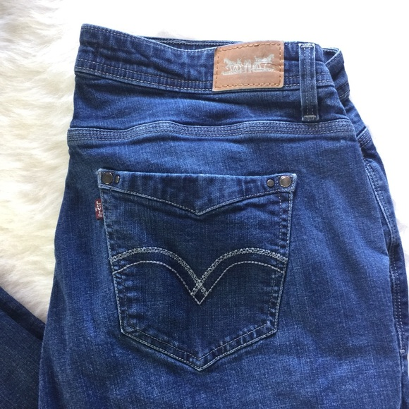 acbf663e982 Levi s Denim - Levi s Defined Waist 580 Straight Leg Plus Sz 18W